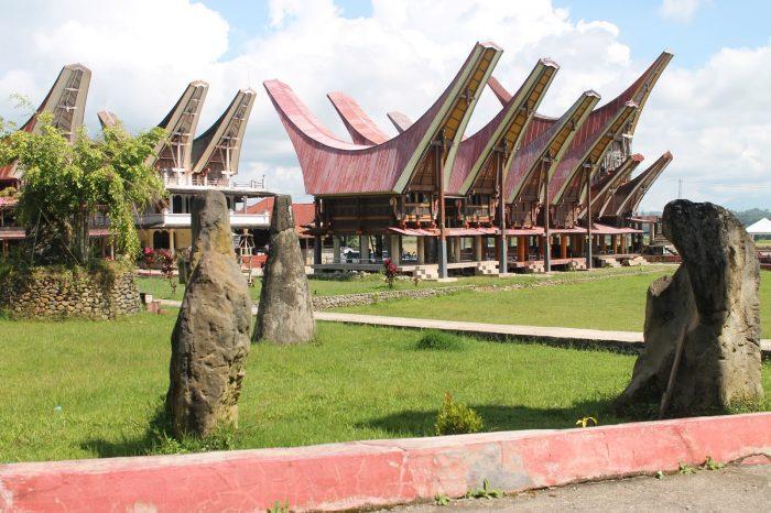 10 Keunikan Rumah Adat Tongkonan Khas Tana Toraja Sulawesi Tengah 1