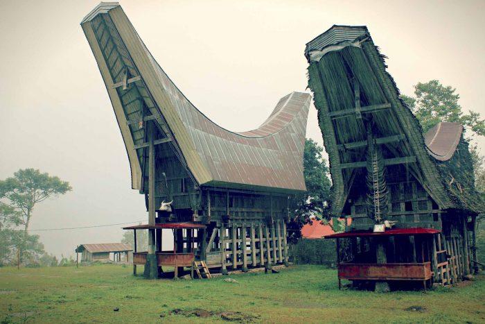 10 Keunikan Rumah Adat Tongkonan Khas Tana Toraja Sulawesi Tengah