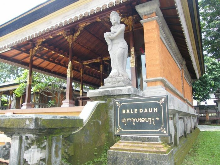 9 Nama Rumah Adat Bali Lengkap Gambar Dan Penjelasannya