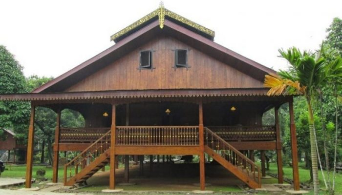 Rumah Adat Sulawesi Tengah Lengkap Gambar Dan Penjelasannya